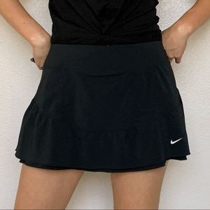 Nike Women's Black Mini Tennis Skirt Skort Large